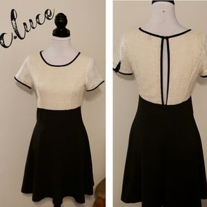 New C. Luce Black & Ivory Lace Keyhole Dress Vtg